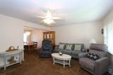 801 Colonial Arms Rd - Photo 2