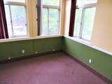 540 Middlesex Ave - Photo 9