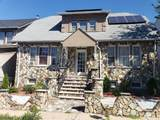 8 Laventhal Ave - Photo 1
