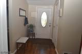 16 Lawrence Ave - Photo 3