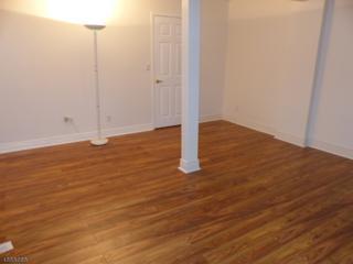 17325 Aspen Ct, Stanhope Boro, NJ 07874 (MLS #3355441) :: The Dekanski Home Selling Team