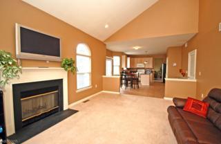 33 Cobblers Cir, Franklin Twp., NJ 08823 (MLS #3363118) :: The Dekanski Home Selling Team