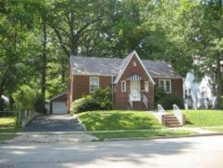 626 Harrison Ave, Roselle Boro, NJ 07203 (MLS #3365529) :: The Dekanski Home Selling Team