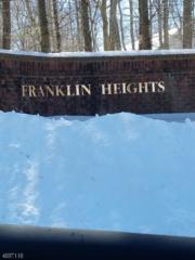 2316 Oakham Ct, Mahwah Twp., NJ 07430 (MLS #3372151) :: The Dekanski Home Selling Team