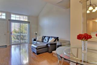 94 Sage Ct, Bedminster Twp., NJ 07921 (MLS #3348099) :: The Dekanski Home Selling Team