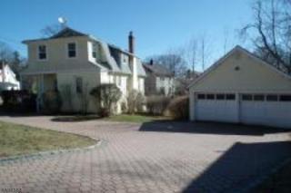 14 Winding Way, West Orange Twp., NJ 07052 (MLS #3371619) :: The Dekanski Home Selling Team