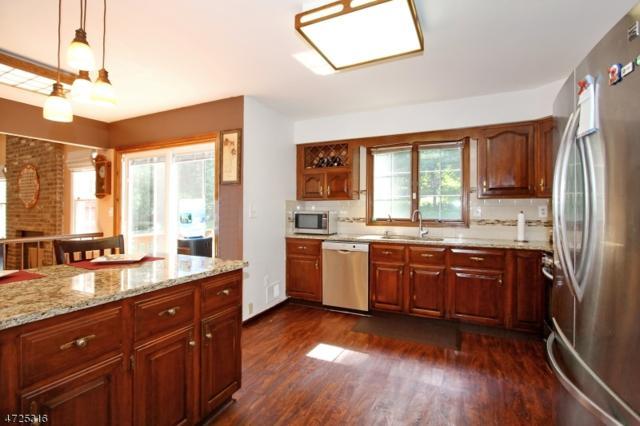 120 Overhill Way, Berkeley Heights Twp., NJ 07922 (MLS #3398420) :: The Dekanski Home Selling Team
