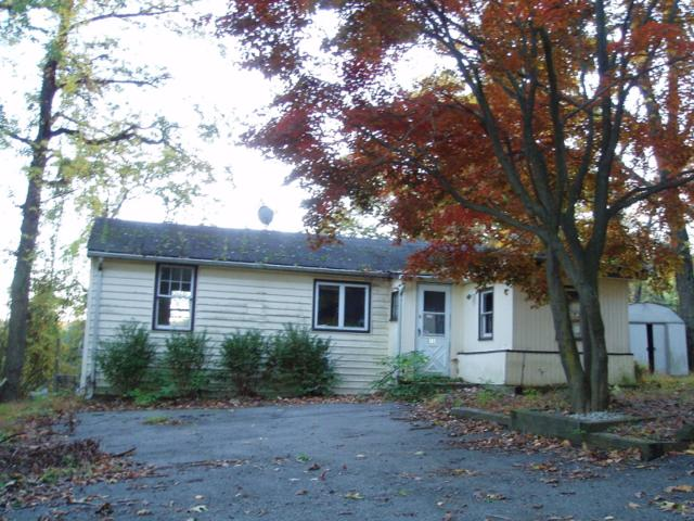 25 Mitchell Ave, Roxbury Twp., NJ 07850 (MLS #2975409) :: The Dekanski Home Selling Team