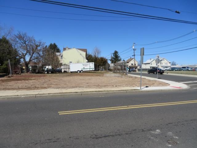 300 W Camplain Rd, Manville Boro, NJ 08835 (MLS #3208137) :: The Dekanski Home Selling Team