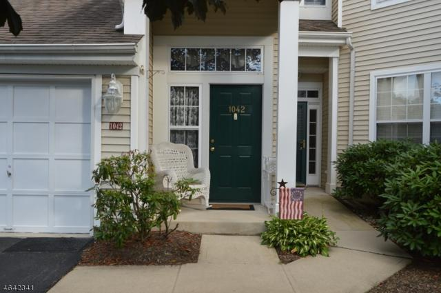 1042 Deerhaven Ter, Lopatcong Twp., NJ 08886 (MLS #3339675) :: The Dekanski Home Selling Team