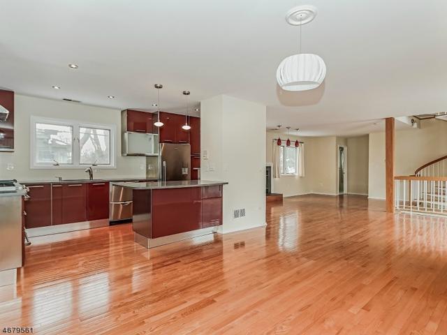 22 Franklin Pl 1C, Morristown Town, NJ 07960 (MLS #3356526) :: The Dekanski Home Selling Team