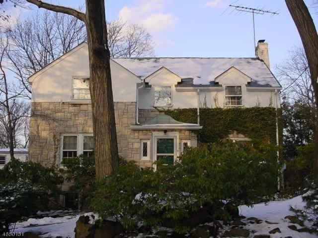 19 Nottingham Rd, West Orange Twp., NJ 07052 (MLS #3357206) :: The Dekanski Home Selling Team