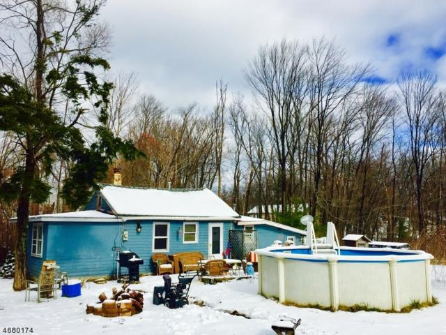 20 Edgewater Rd, West Milford Twp., NJ 07421 (MLS #3358023) :: The Dekanski Home Selling Team