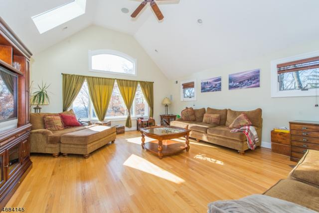 13 Roome Rd, Montville Twp., NJ 07082 (MLS #3360457) :: The Dekanski Home Selling Team