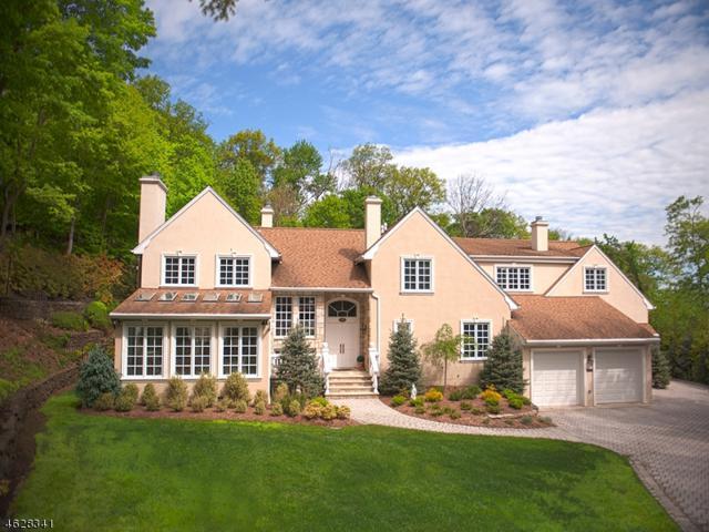 923 Cherokee Ln, Franklin Lakes Boro, NJ 07417 (MLS #3361162) :: The Dekanski Home Selling Team