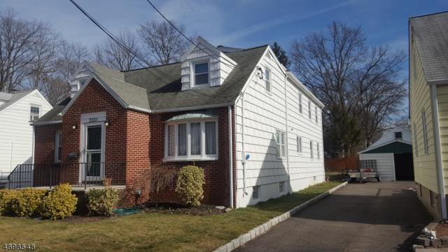 2251 Winfield St, Rahway City, NJ 07065 (MLS #3371592) :: The Dekanski Home Selling Team