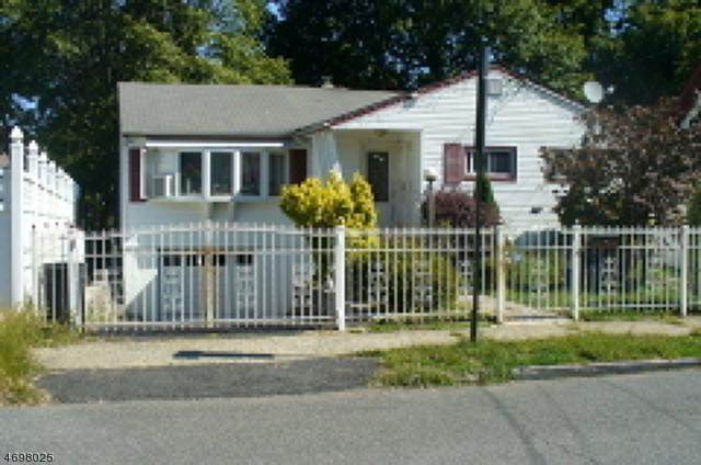 104 Maitland Ave, Paterson City, NJ 07502 (MLS #3373064) :: The Dekanski Home Selling Team