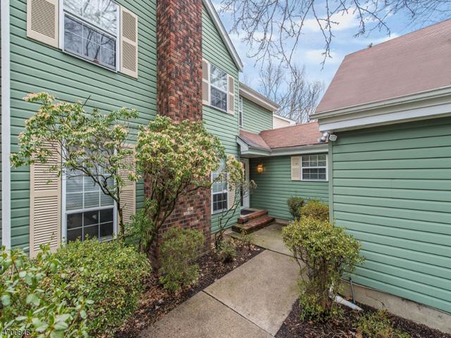 8 Blackfoot Cir, Wayne Twp., NJ 07470 (MLS #3375999) :: The Dekanski Home Selling Team