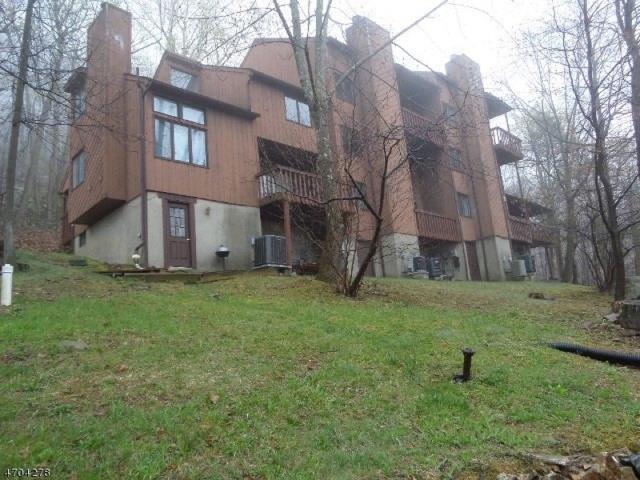 14 Village Way, Unit 3, Vernon Twp., NJ 07462 (MLS #3378753) :: The Dekanski Home Selling Team