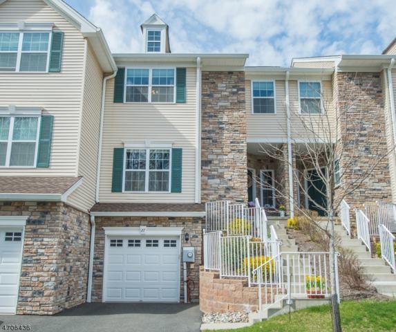27 Lamerson Cir, Mount Olive Twp., NJ 07828 (MLS #3380792) :: The Dekanski Home Selling Team