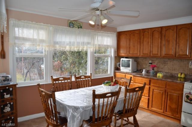 10 Winding Way, West Orange Twp., NJ 07052 (MLS #3381405) :: The Dekanski Home Selling Team