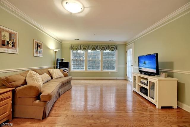 1106 Peer Pl, Denville Twp., NJ 07834 (MLS #3382395) :: The Dekanski Home Selling Team