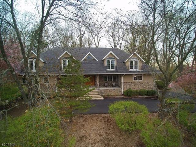 6 Cambridge Rd, Parsippany-Troy Hills Twp., NJ 07950 (MLS #3382806) :: The Dekanski Home Selling Team