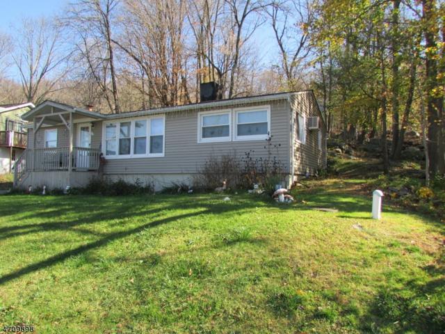 37 Lakeside Ave, Hardyston Twp., NJ 07460 (MLS #3383985) :: The Dekanski Home Selling Team