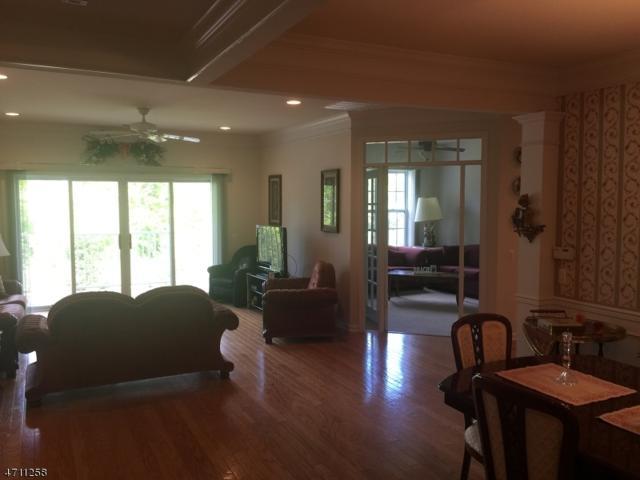 1211 Conrad Way #1211, Franklin Twp., NJ 08873 (MLS #3385274) :: The Dekanski Home Selling Team