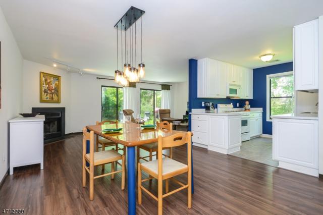 1515 Spruce Hills Dr, Glen Gardner Boro, NJ 08826 (MLS #3386570) :: The Dekanski Home Selling Team