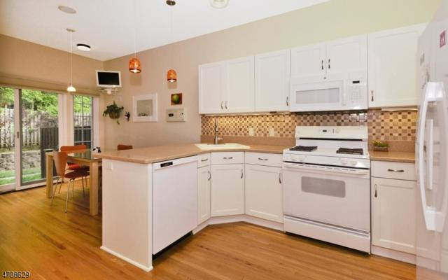 18 Varick Way, Roseland Boro, NJ 07068 (MLS #3386592) :: The Dekanski Home Selling Team