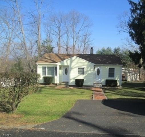 9 Edison Rd, Jefferson Twp., NJ 07849 (MLS #3386871) :: The Dekanski Home Selling Team