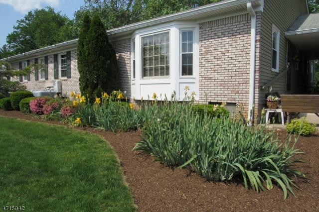 52 Brandywyne Dr, Florham Park Boro, NJ 07932 (MLS #3389667) :: The Dekanski Home Selling Team