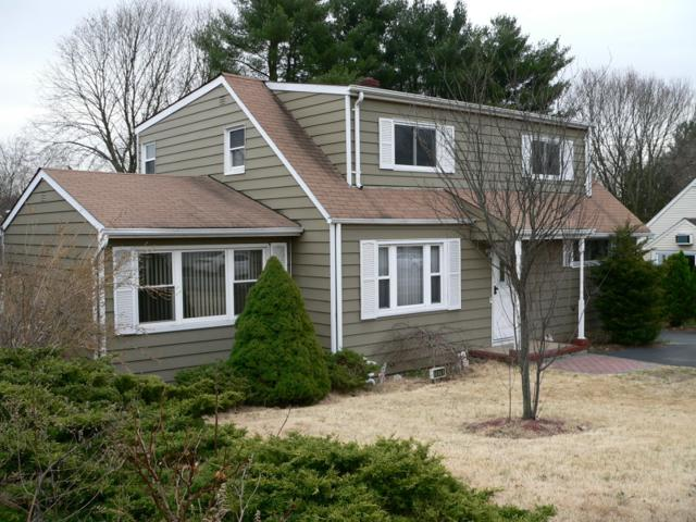 1076 Valley Rd, Wayne Twp., NJ 07470 (MLS #3389820) :: The Dekanski Home Selling Team