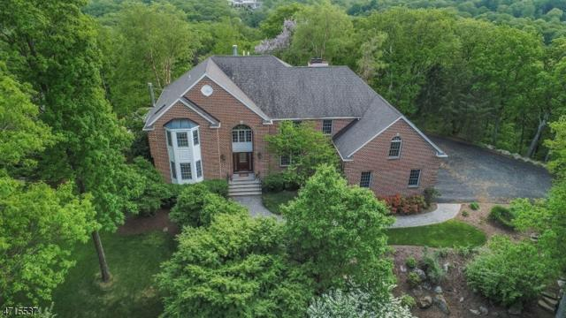 6 S Glen Rd, Kinnelon Boro, NJ 07405 (MLS #3389957) :: The Dekanski Home Selling Team