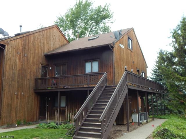 2 Squaw Valley Ct, Unit 1 #1, Vernon Twp., NJ 07462 (MLS #3390648) :: The Dekanski Home Selling Team