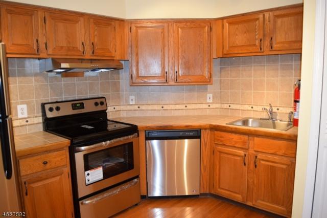 65 Jamestown Rd, Bernards Twp., NJ 07920 (MLS #3391467) :: The Dekanski Home Selling Team
