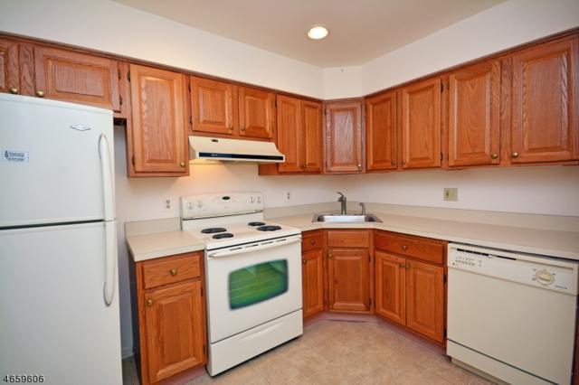 101 Jamestown Rd, Bernards Twp., NJ 07920 (MLS #3392367) :: The Dekanski Home Selling Team