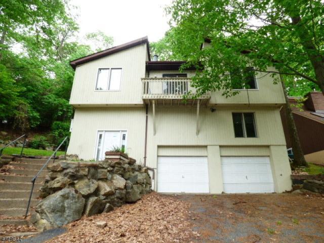 104 W Lake Shore Dr, Rockaway Twp., NJ 07866 (MLS #3393146) :: The Dekanski Home Selling Team