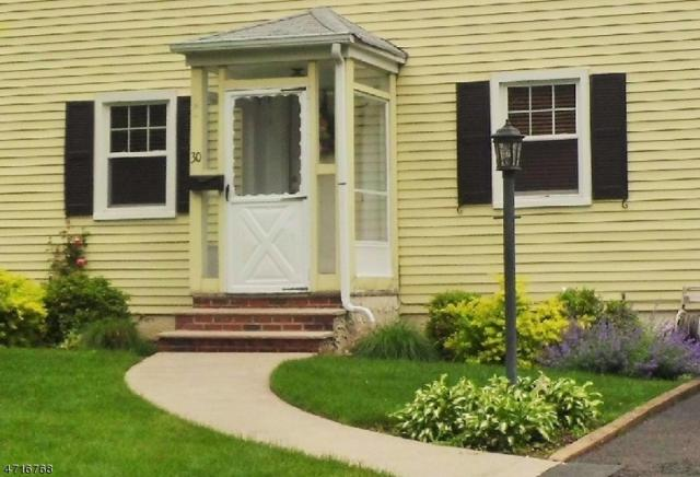 30 Concord Dr, Livingston Twp., NJ 07039 (MLS #3395103) :: The Dekanski Home Selling Team