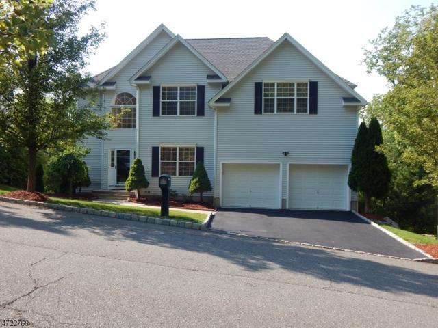 4 Poplar Ct, Allamuchy Twp., NJ 07840 (MLS #3396187) :: The Dekanski Home Selling Team