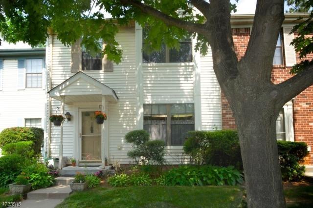 15 Pear Tree Ln, Franklin Twp., NJ 08823 (MLS #3397246) :: The Dekanski Home Selling Team