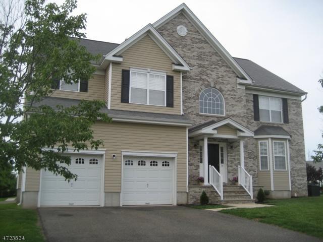76 Treetops Cir, Franklin Twp., NJ 08540 (MLS #3397655) :: The Dekanski Home Selling Team