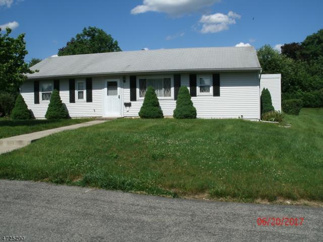 429 Pershing Ave, Pohatcong Twp., NJ 08865 (MLS #3398390) :: The Dekanski Home Selling Team