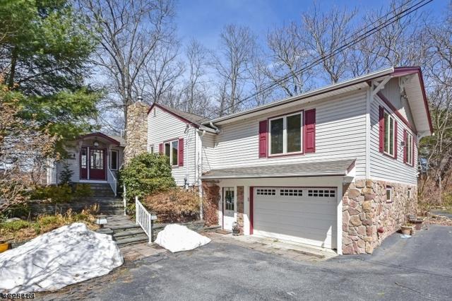 4 Lakeview Ct, Jefferson Twp., NJ 07438 (MLS #3398576) :: The Dekanski Home Selling Team