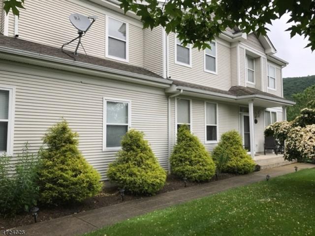 35 Aspen Ct, Hardyston Twp., NJ 07419 (MLS #3399246) :: The Dekanski Home Selling Team