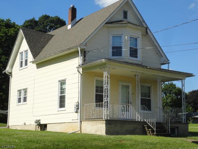 206 Dana St, Lopatcong Twp., NJ 08865 (MLS #3399273) :: The Dekanski Home Selling Team