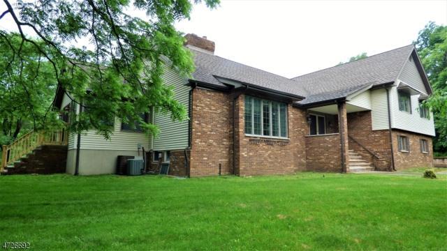 1 Thunder Rd, Vernon Twp., NJ 07418 (MLS #3400966) :: The Dekanski Home Selling Team