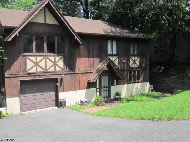 37 Condict Rd, Roxbury Twp., NJ 07850 (MLS #3404415) :: The Dekanski Home Selling Team