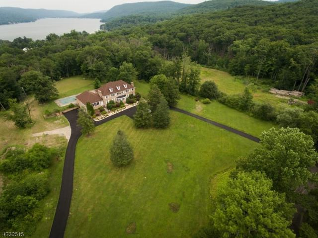 828 E Shore Rd, West Milford Twp., NJ 07421 (MLS #3405094) :: The Dekanski Home Selling Team